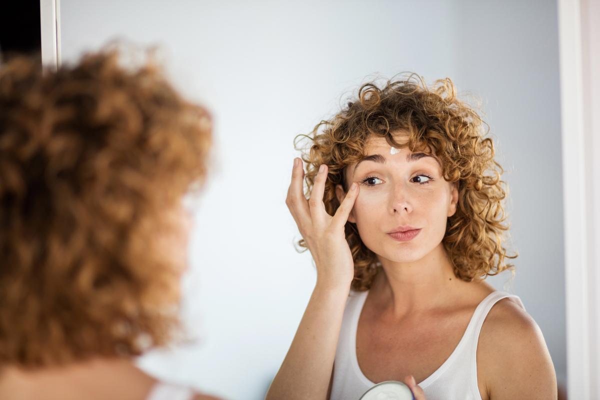 3 Tratamientos Faciales Para Eliminar Las Manchas Y Marcas De Tu Piel