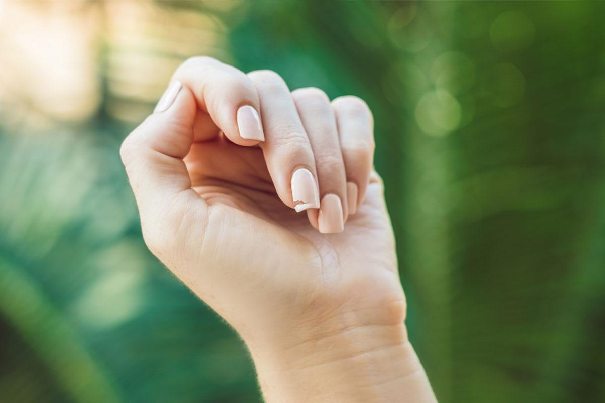 como mantener uñas sanas y fuertes